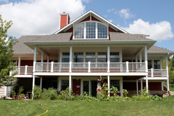 exterior_deck_painting_iowa_city