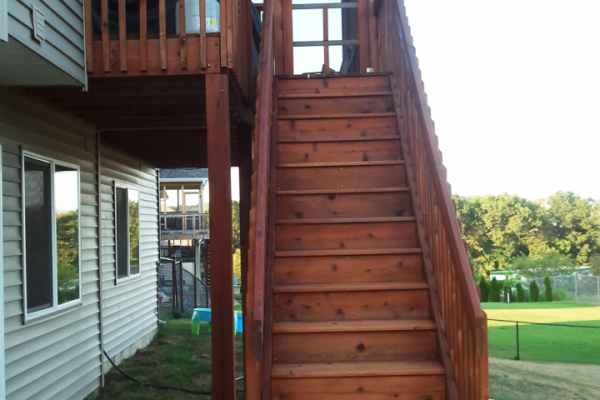 Deck_finish_sanding_staining_painting_iowacity